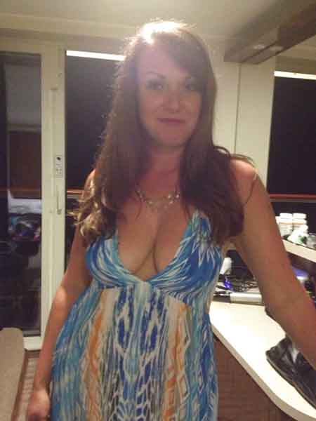Busty Milf Lady Looking For More Sex Dates