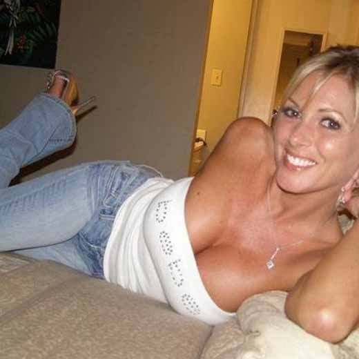 Slutry Blonde Milf Is Good At Kinky Sex